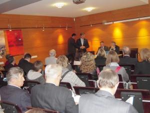 На презентации новой книги О. Манаева о становлении гражданского общества в Беларуси в посольстве Литвы (Минск, апрель 2011 г.)