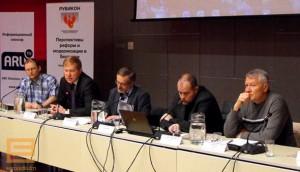 Ю. Дракохруст и О. Манаев на международной конференции в Таллинне (май 2014 г.)