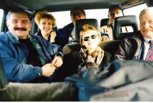 Докладчики регионального семинара НИСЭПИ по проблемам развития информационной инфраструктуры рыночной экономики Беларуси в дороге (Витебск, октябрь 1998 г.)