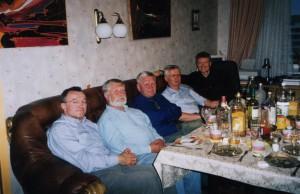 Лидеры белорусской оппозиции в гостях у О. Манаева (Минск, июнь 2003 г.)