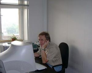 С. Николюк в офисе НИСЭПИ (Минск, август 2006 г.)